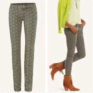 CAbi Ditzy Floral Skinny Jeans